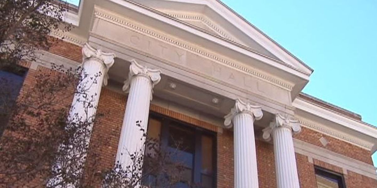 Hattiesburg hires firm to assess employee wages