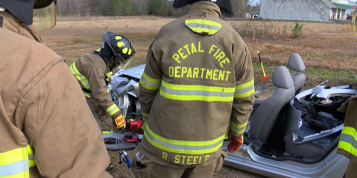 Petal firefighters get life-saving extrication training