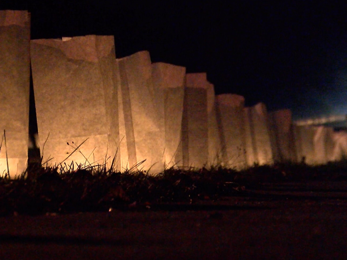 New Augusta holds annual Luminary Walk Through