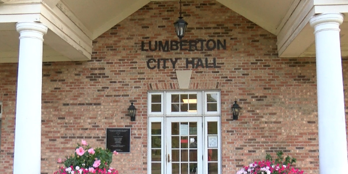 City employees working without health insurance in Lumberton