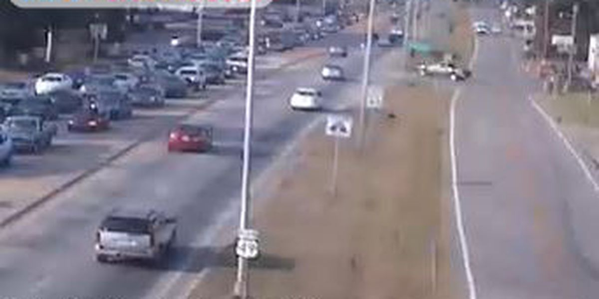 All southbound lanes blocked at US 49 and Hardy Street
