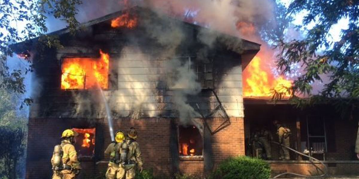 Afternoon fire destroys Hattiesburg home