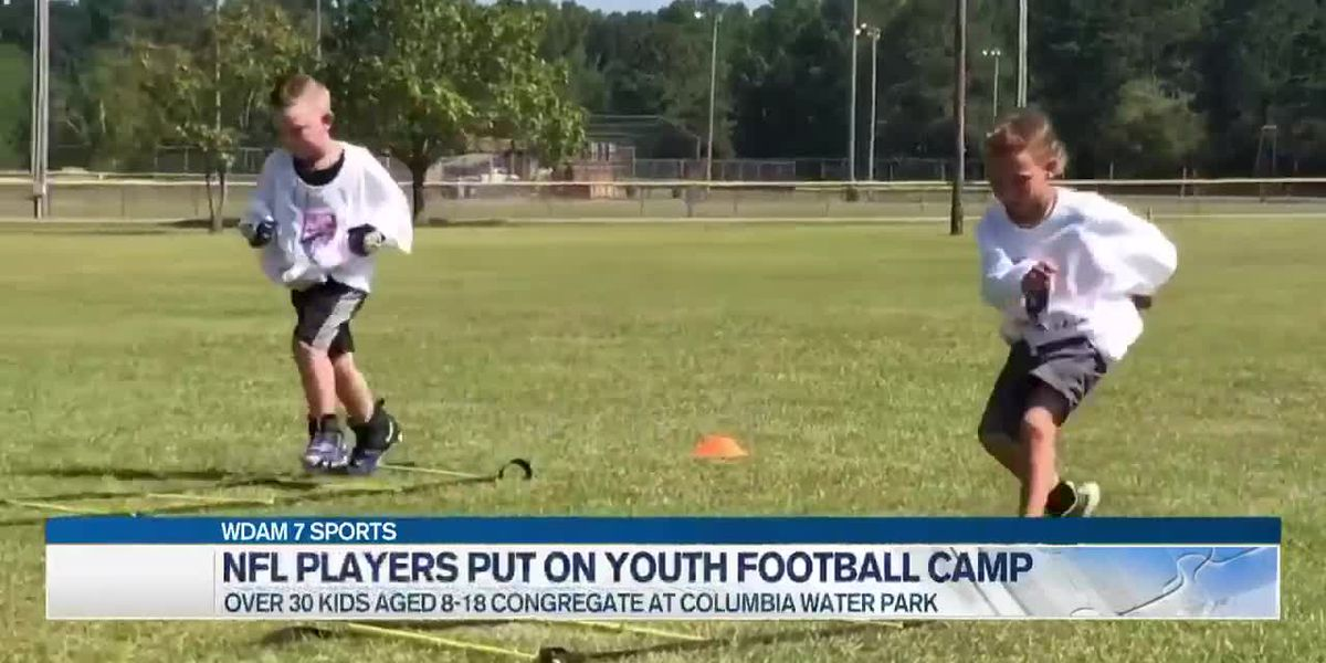 Former NFL players host camp for Columbia youth