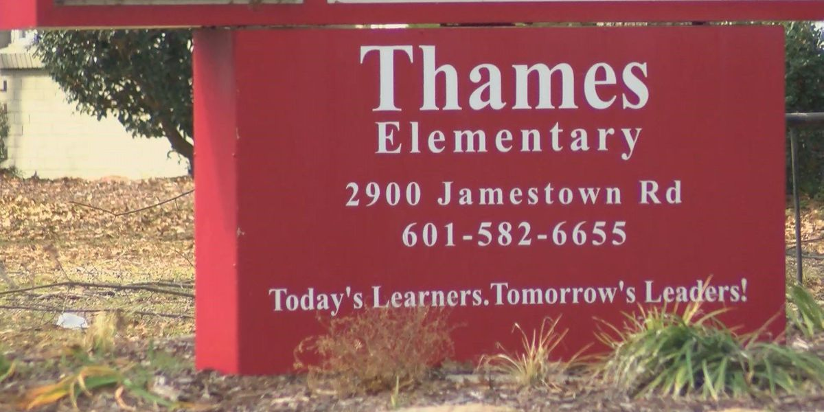 Thames Elementary student flashes toy gun at school
