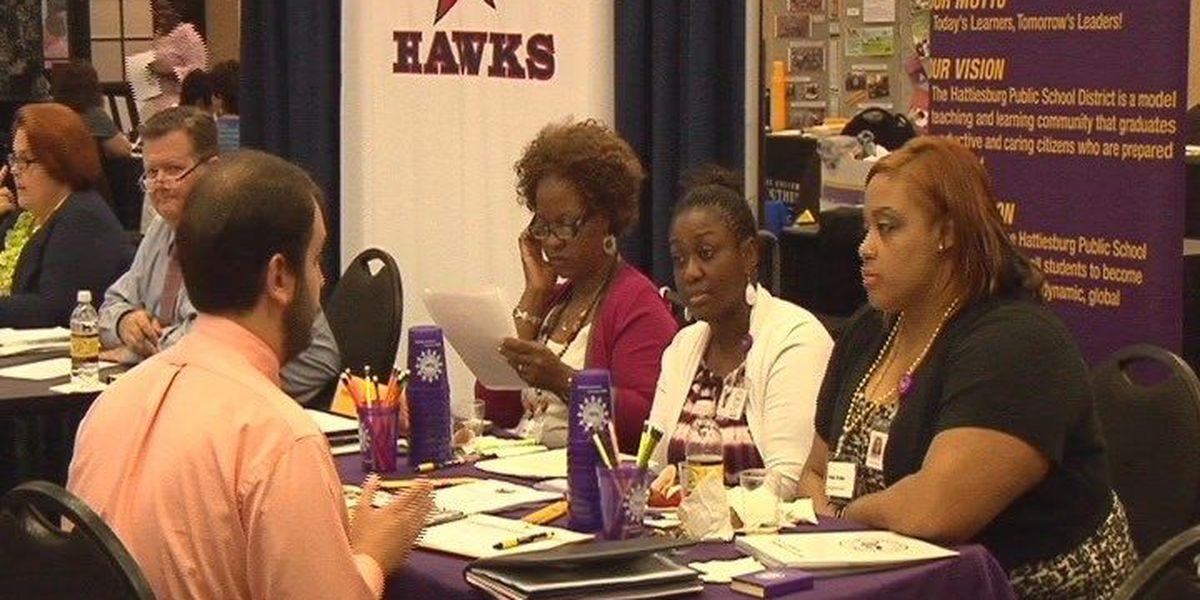 USM teacher fair attracts schools across country