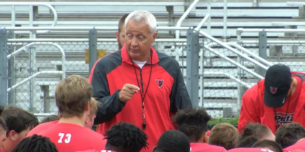 Marcus Boyles to retire as Petal football coach/athletic director