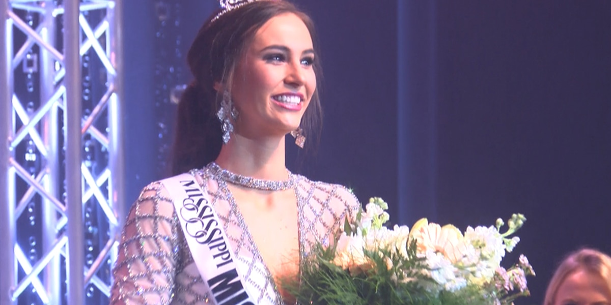 Kasey Pearson of Amory crowned Miss Hospitality 2019