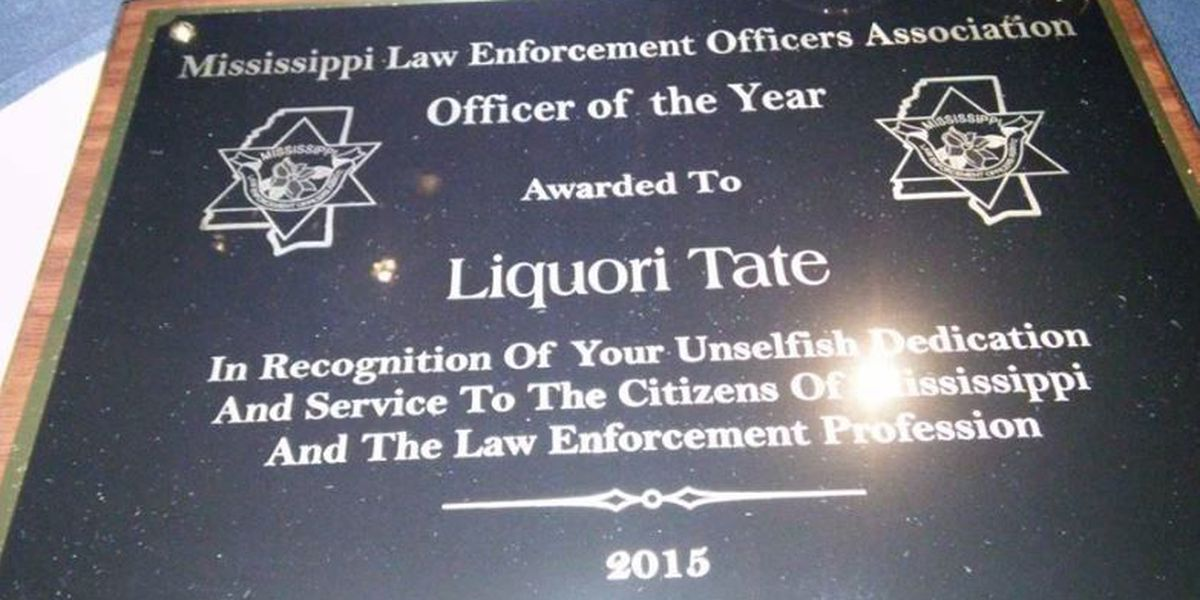 Officers Deen and Tate awarded officer of the year