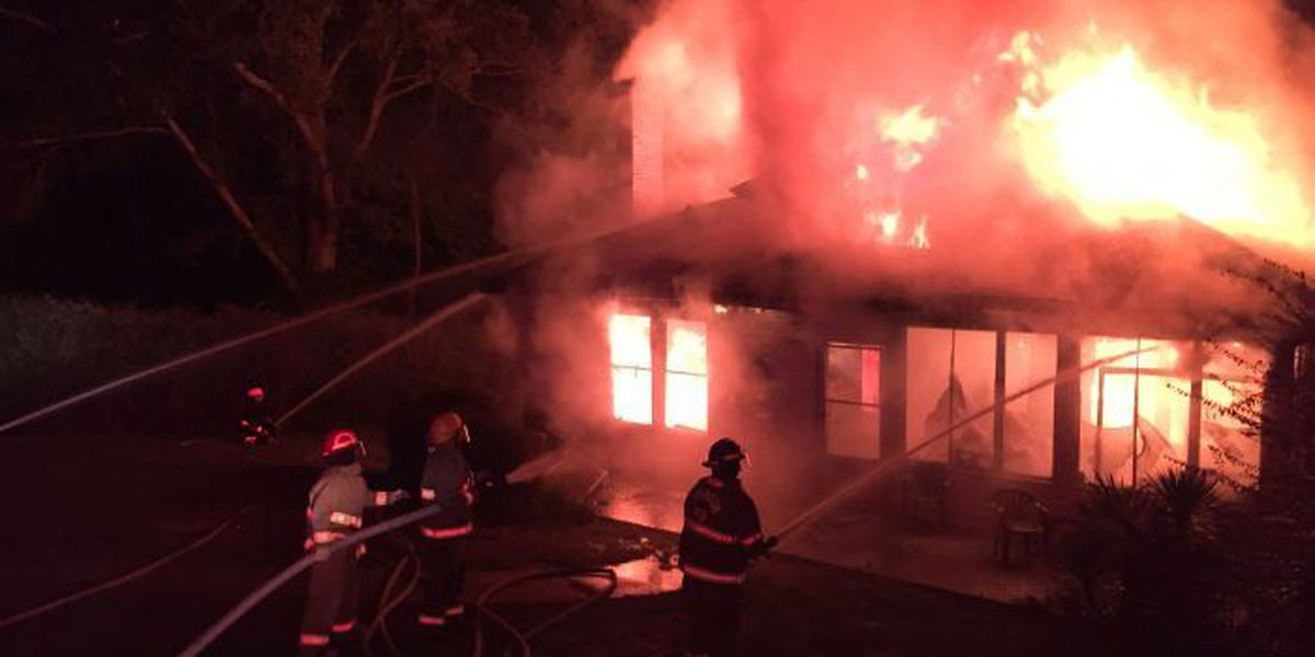 Early morning fire destroys home