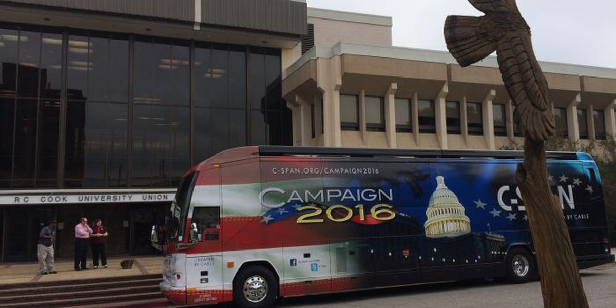 C-SPAN Campaign 2016 bus visits Southern Miss