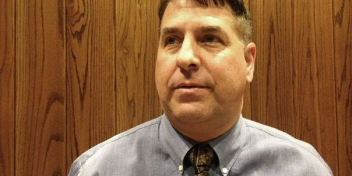 Challenger beats Wayne County sheriff in primary