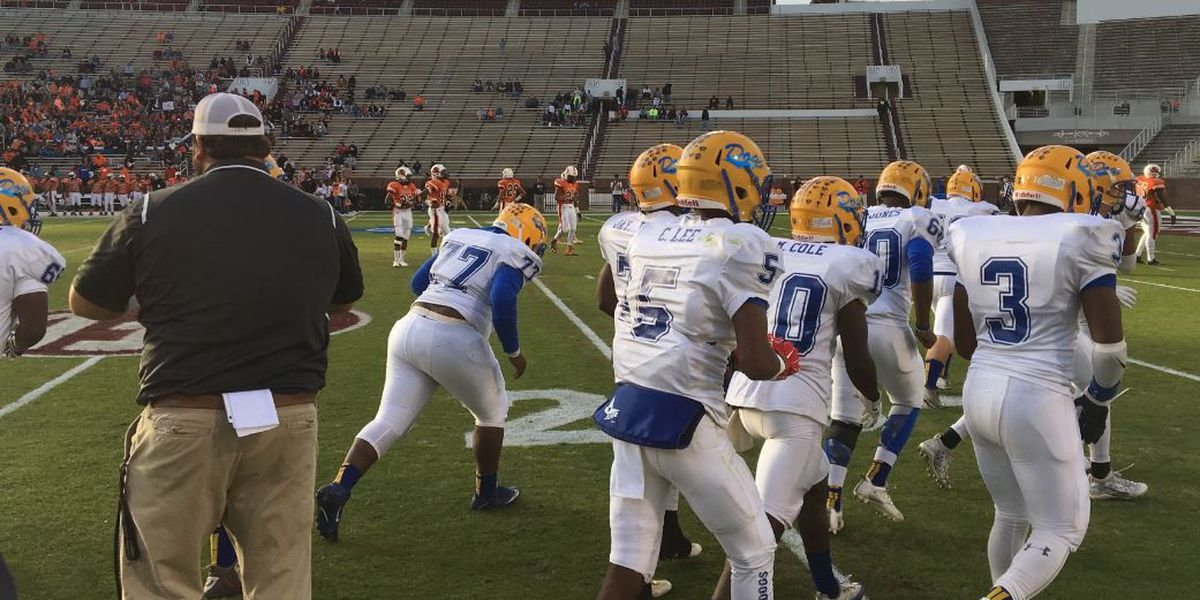 Bay Springs tied at half in title game
