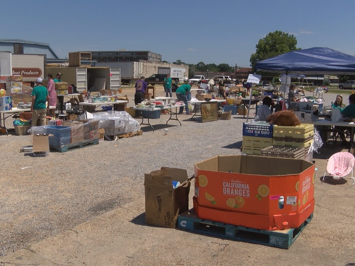"Christian Services hosts ""Mega Yard Sale"""