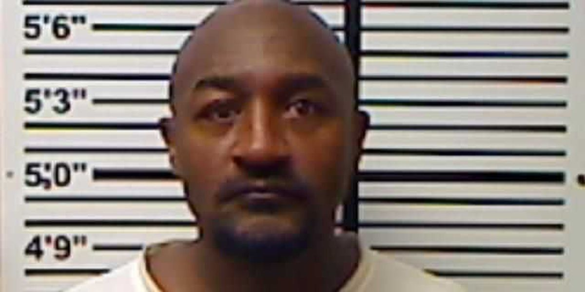 Man arrested for Identity theft in Jones County