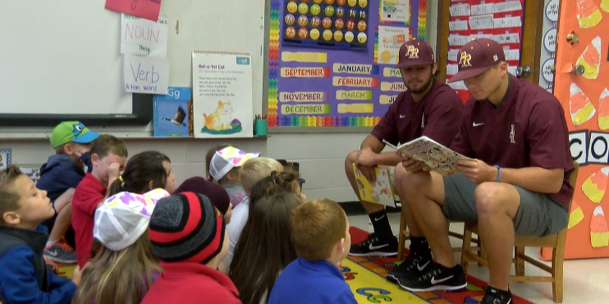 PRCC baseball team reads to South Forrest Attendance Center students