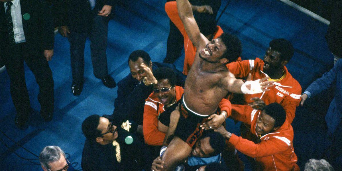 Former heavyweight champion Leon Spinks Jr. dies at 67